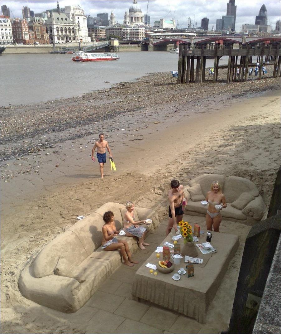 Фото прикол на пляже 3 фотография