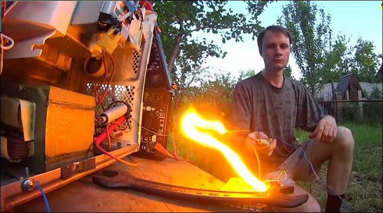 Эксперименты с высоким напряжением из микроволновой печи