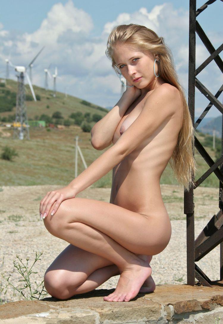 erotica-270609-05