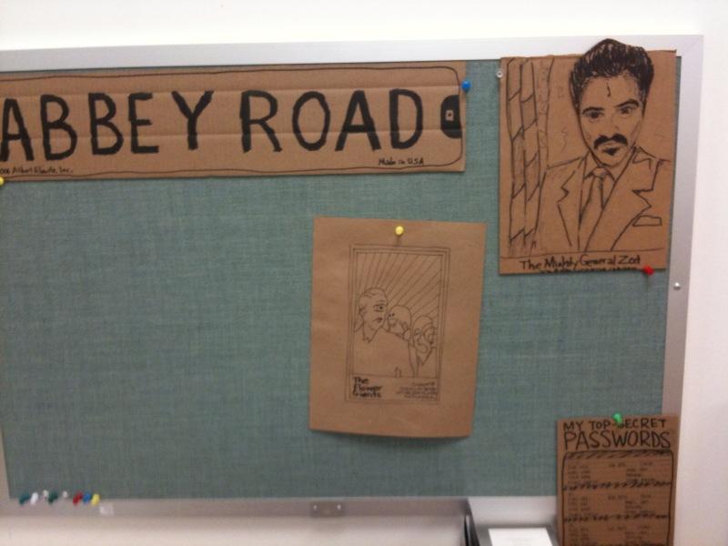 cardboard-office-12