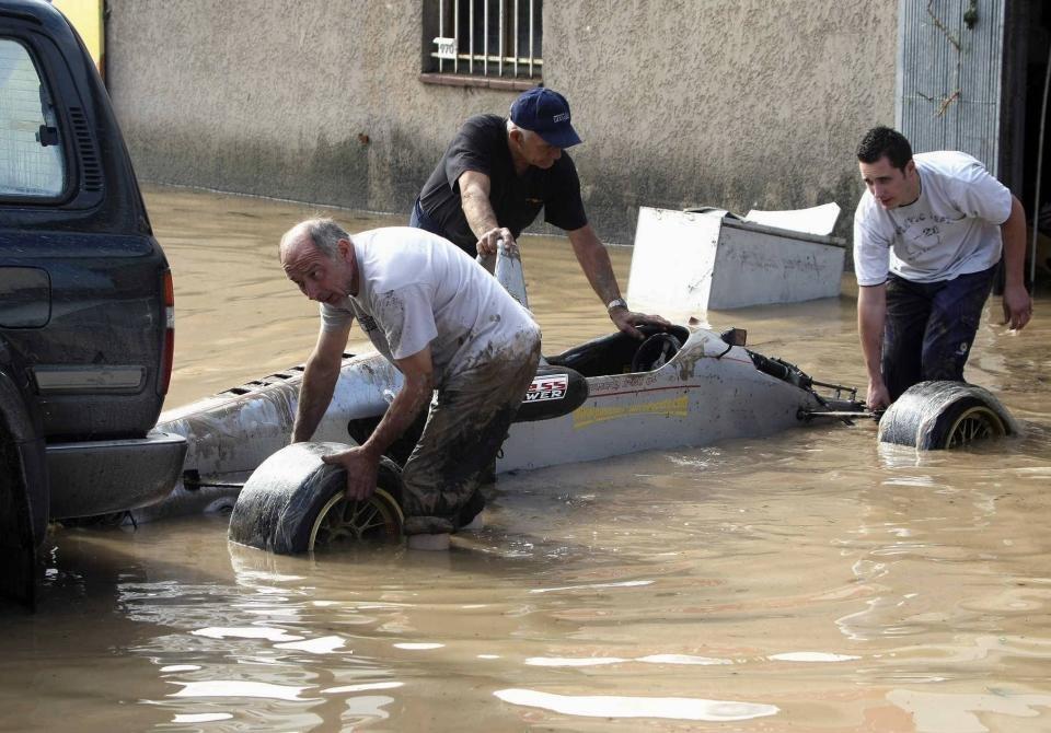 france-flooding-03