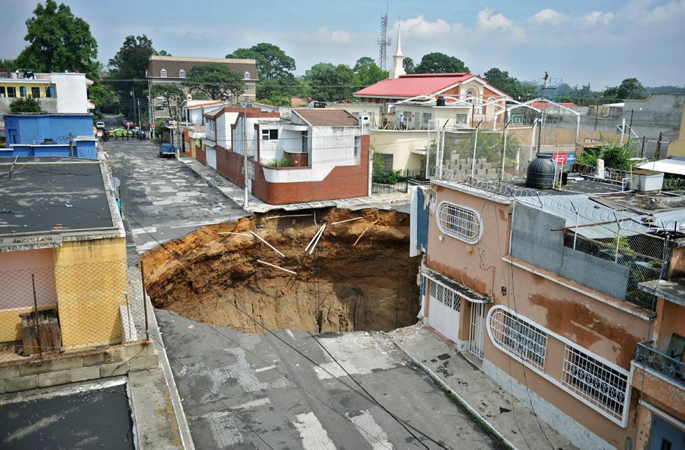 guatemala-hole-04