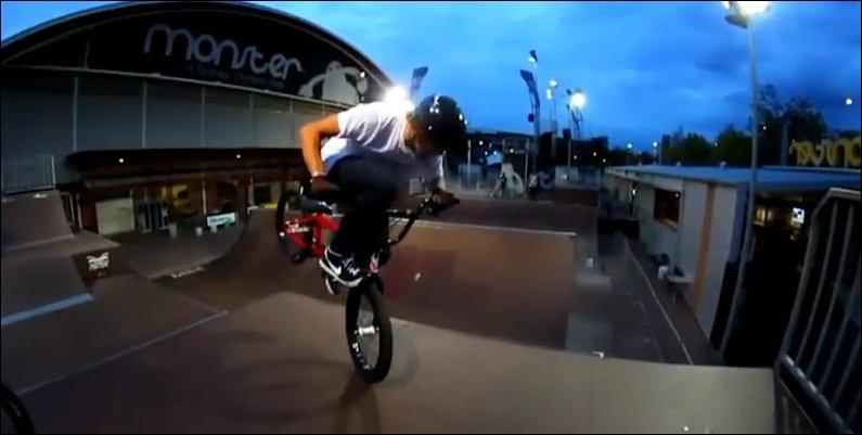 Велосипедные трюки