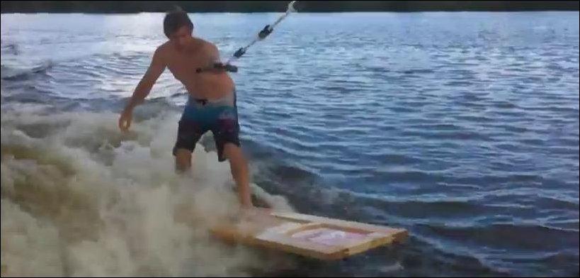 Серфинг на двери