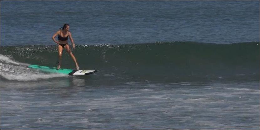Женский серфинг на шпильках
