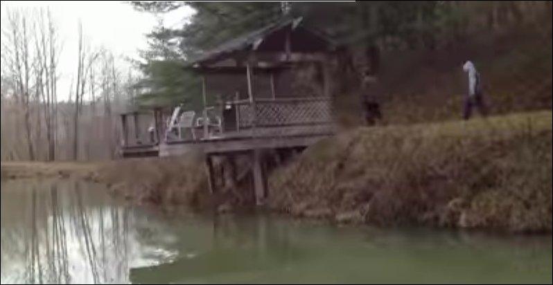 Что будет если кусок натрия бросить в озеро