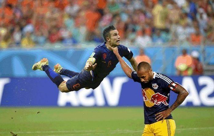 фото футбол прикол