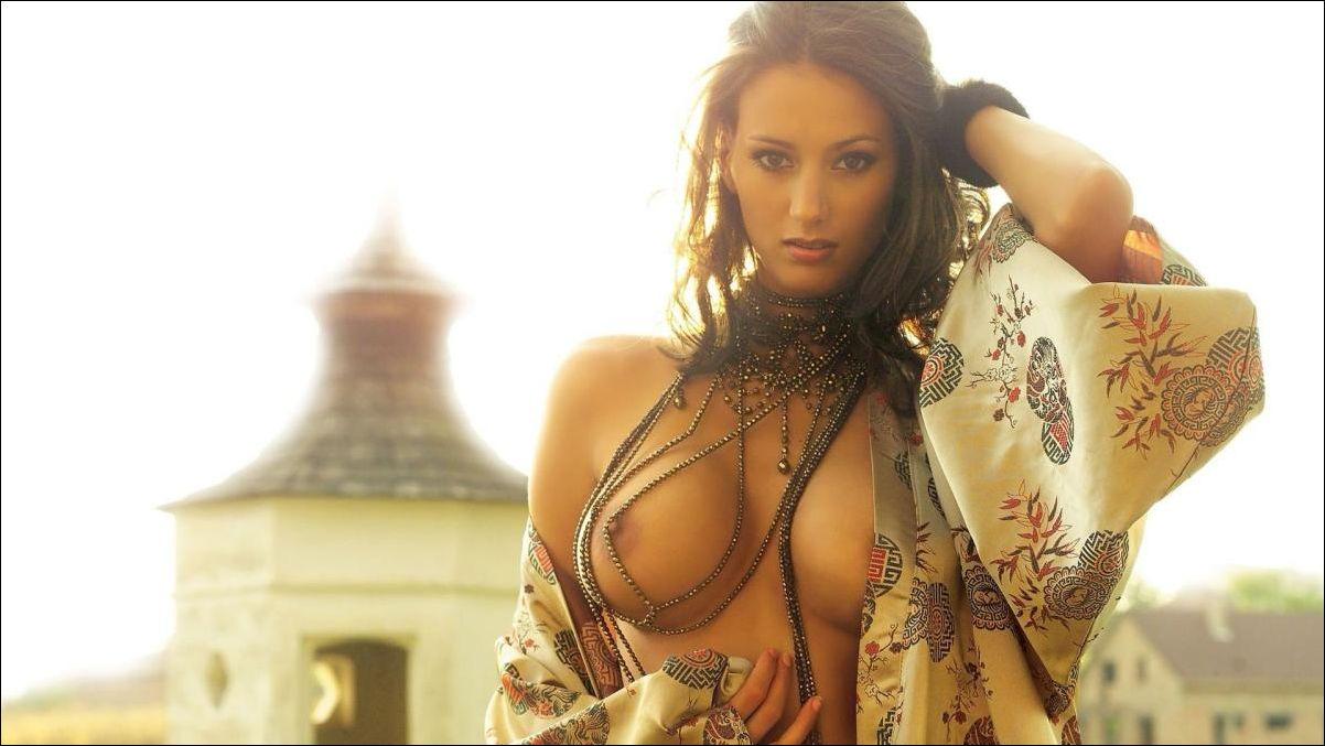 Русские муз клипы с голыми девушками 24 фотография
