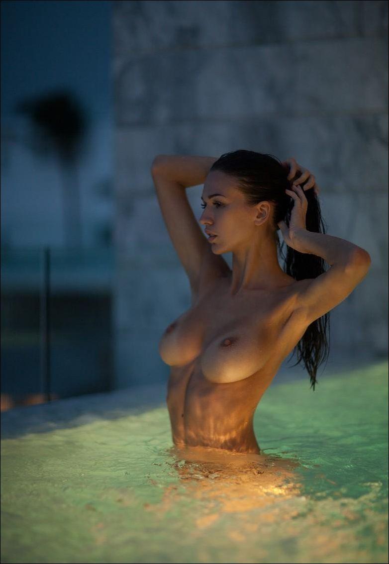 голые девушки в спа салонах