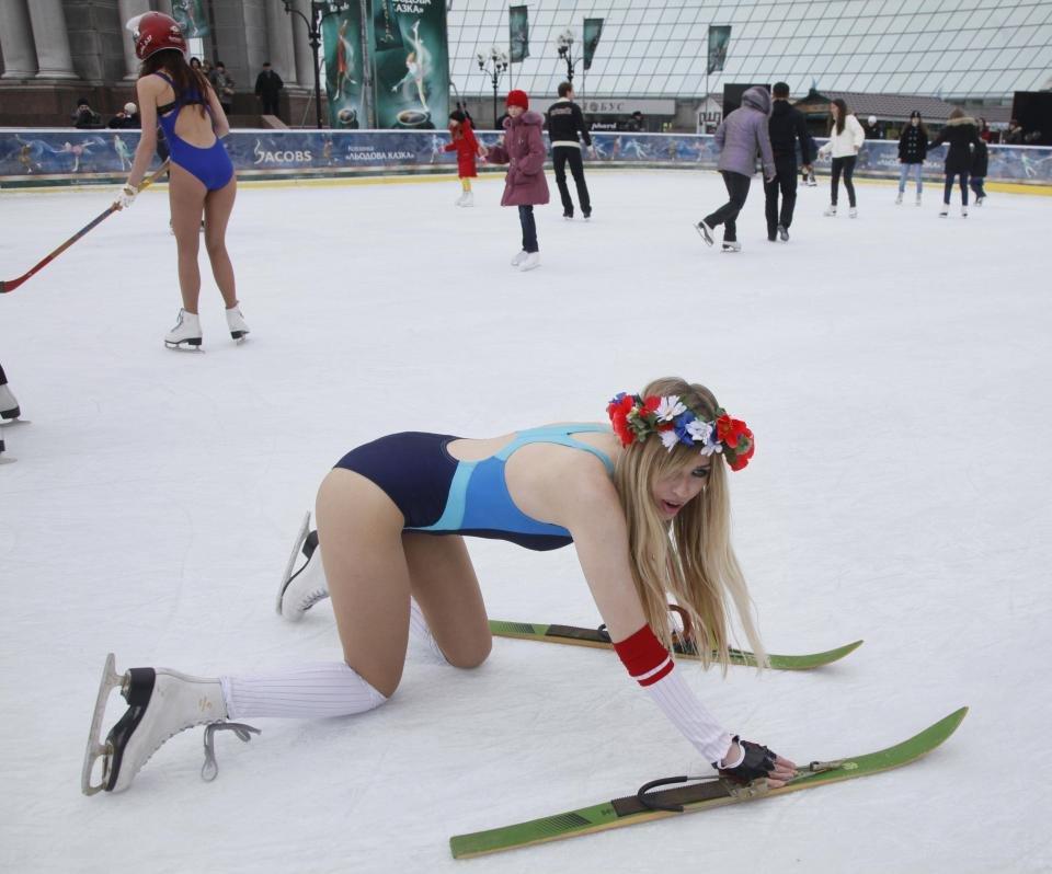 Приколы картинки на коньках, снежинка