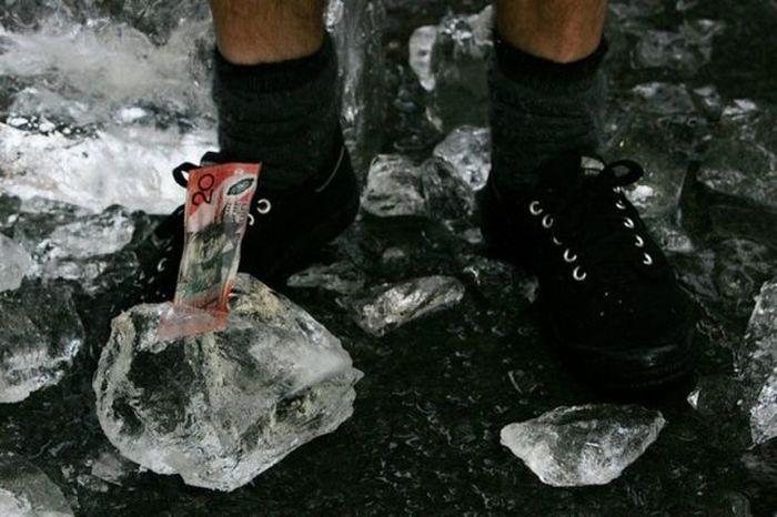 frozen-money-06