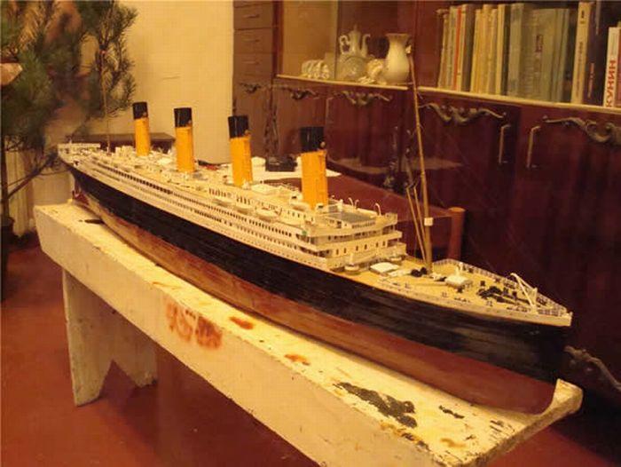 paper-titanic-02