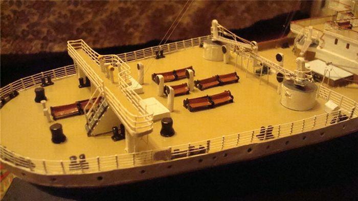 paper-titanic-12