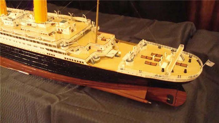 paper-titanic-14