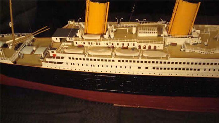 paper-titanic-15