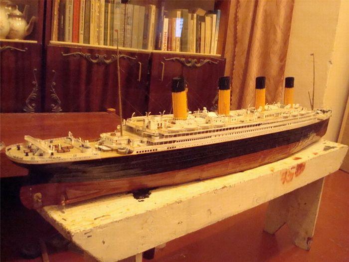 paper-titanic-18
