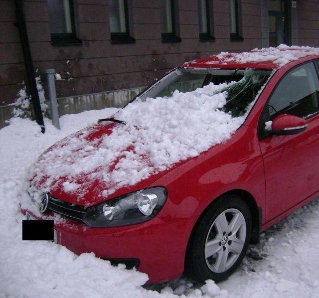 snow-roof-03