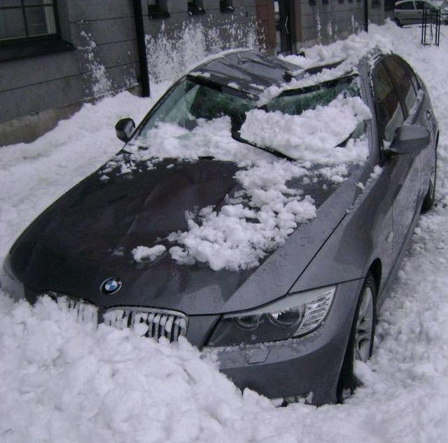 snow-roof-06