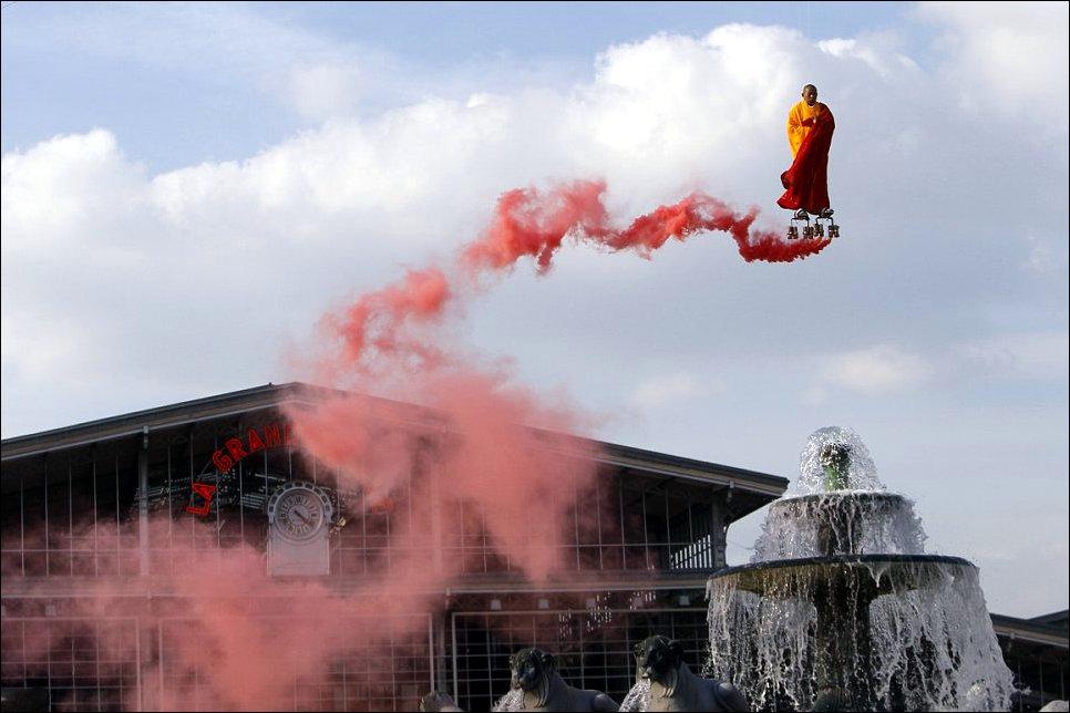 Летающий монах