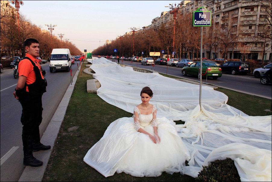 Платья невест приколы