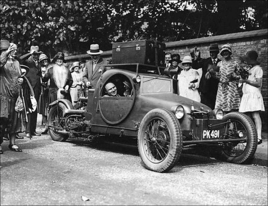 Необычные автомобили прошлого
