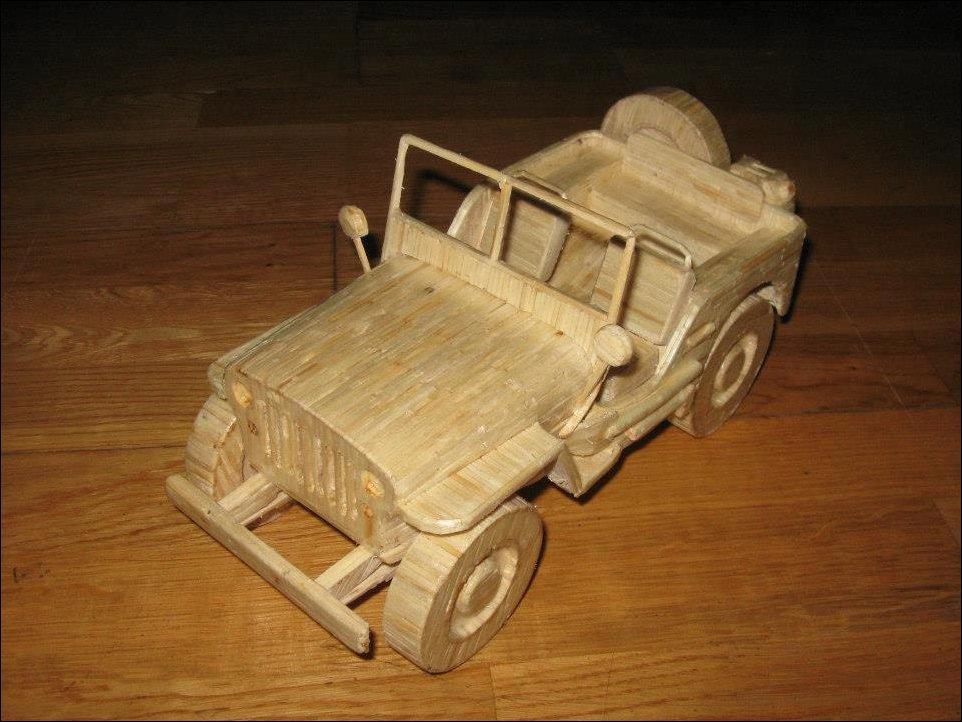 Автомобили и другая техника из спичек