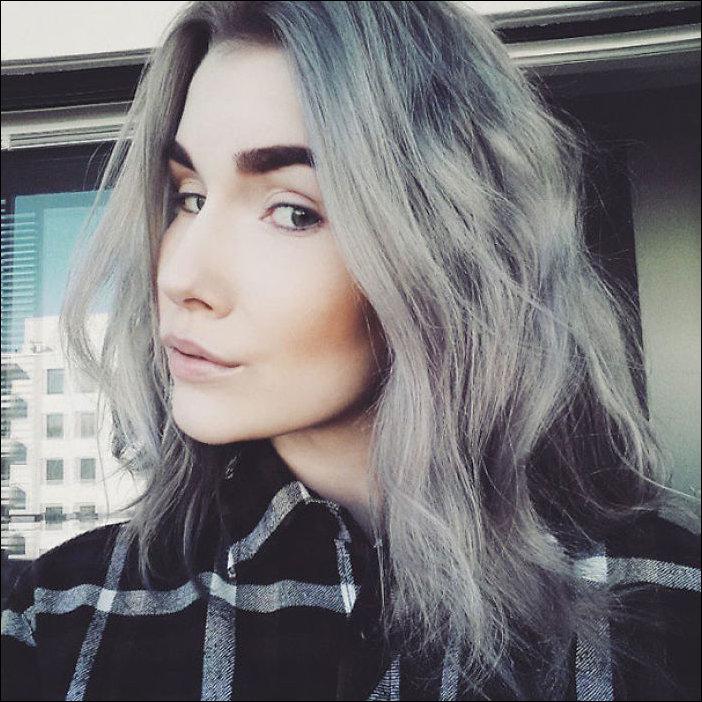 мода на седые волосы