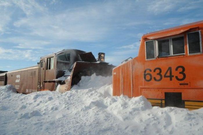 snow-train-07