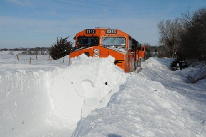 snow-train-08