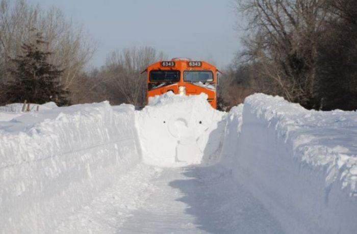 snow-train-11