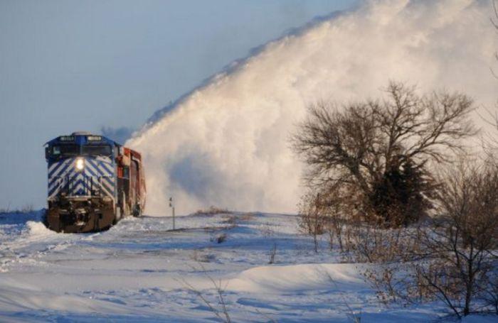 snow-train-12