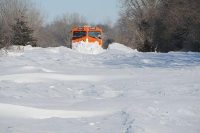 snow-train-14
