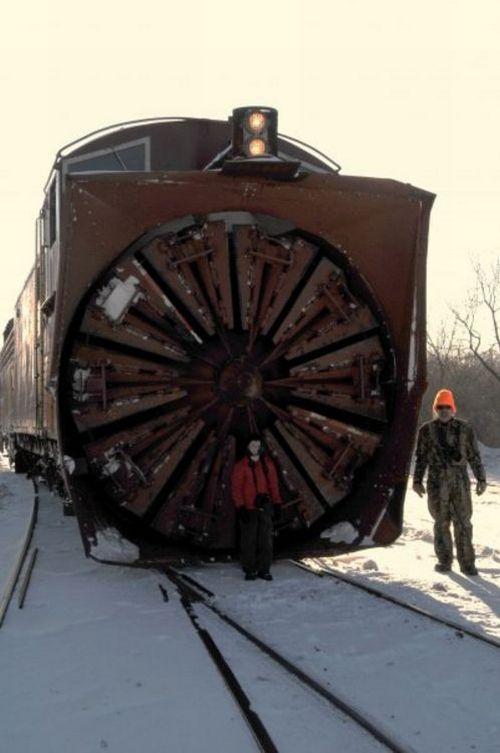 snow-train-15