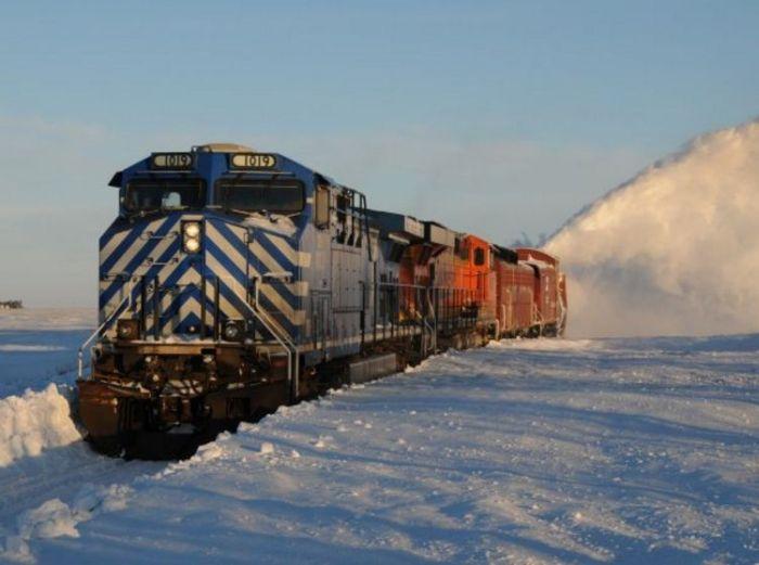 snow-train-19