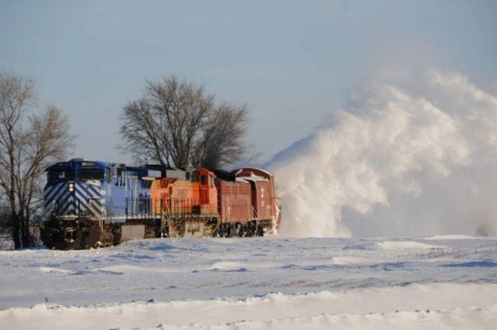 snow-train-22