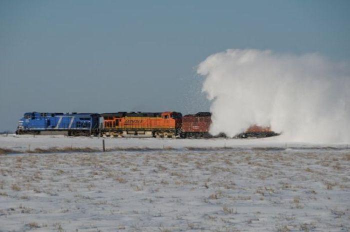 snow-train-25
