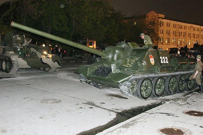 upsidedown-tank-10