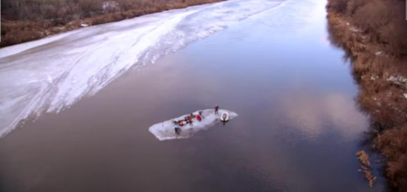 Пикник на льдине