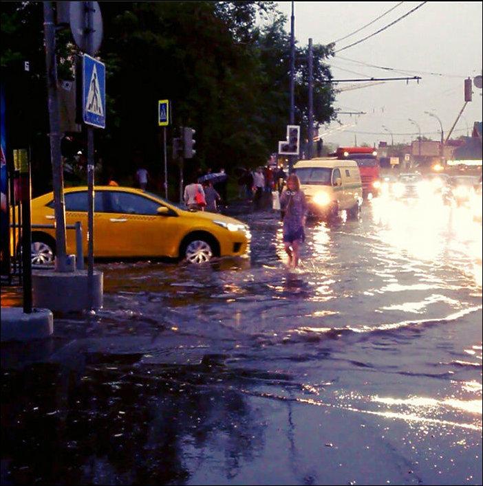 Гроза в Москве