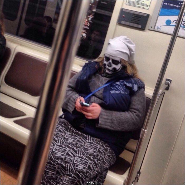 Картинки смешных людей в метро, прикольные женское