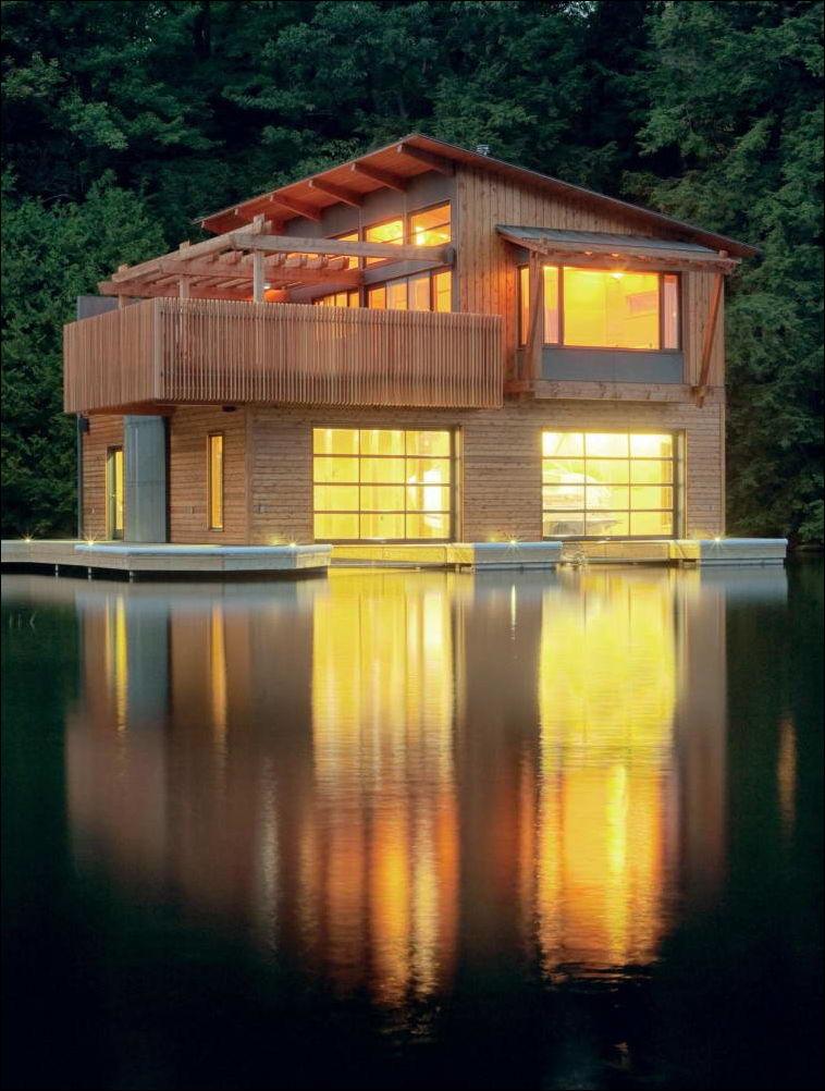 Фото двухэтажных домов на берегу озера