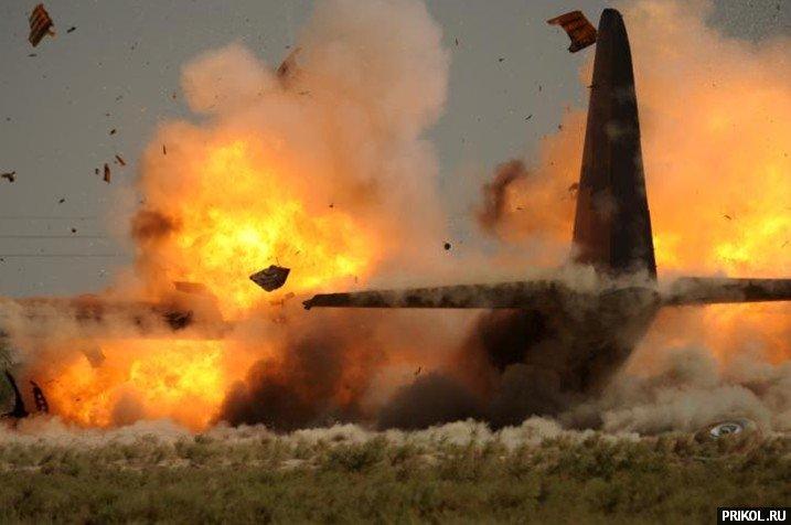 crash-landing-151109-07