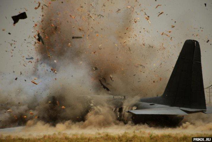 crash-landing-151109-08