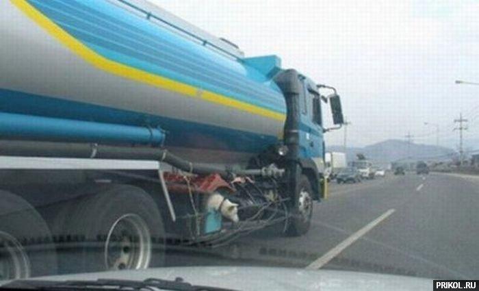 dog-in-truck-03