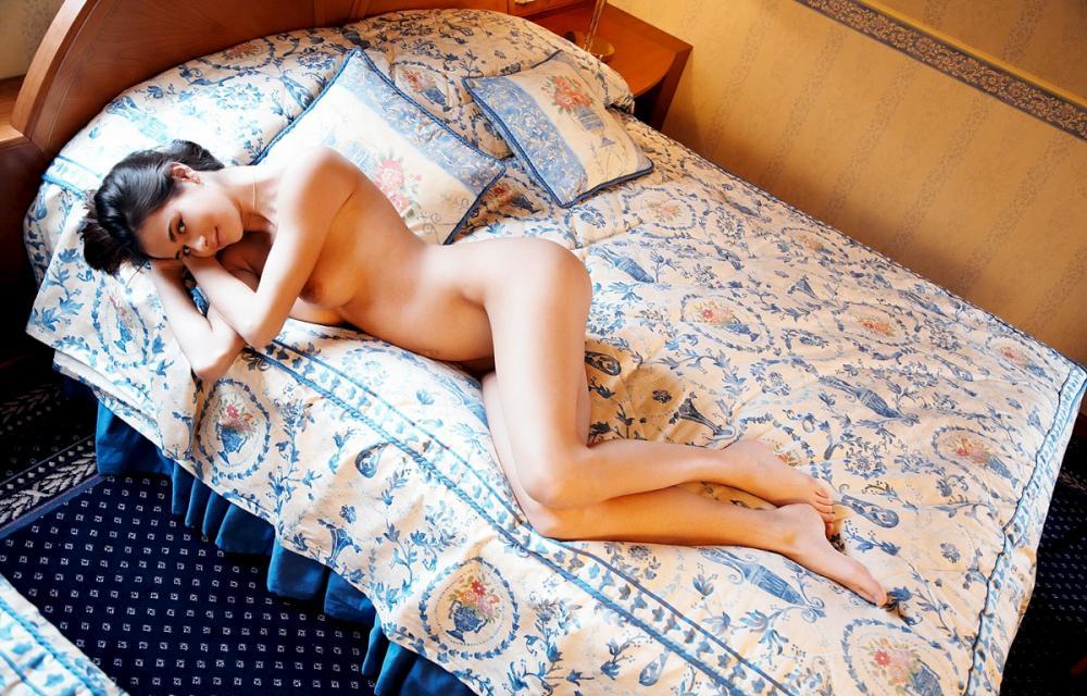 nude-291109-10