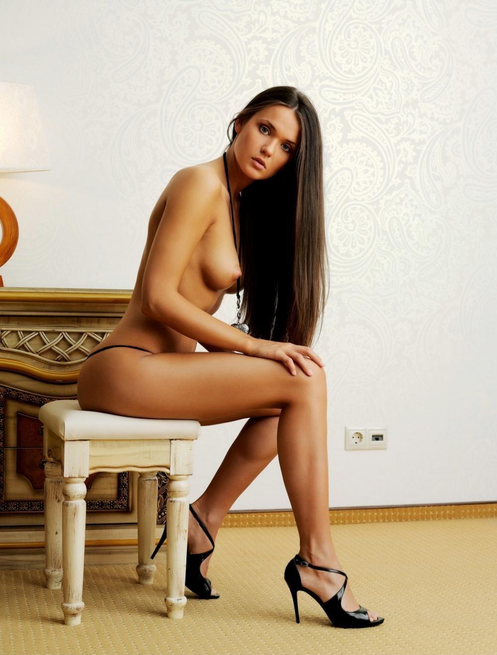 nude-girl-151109-08