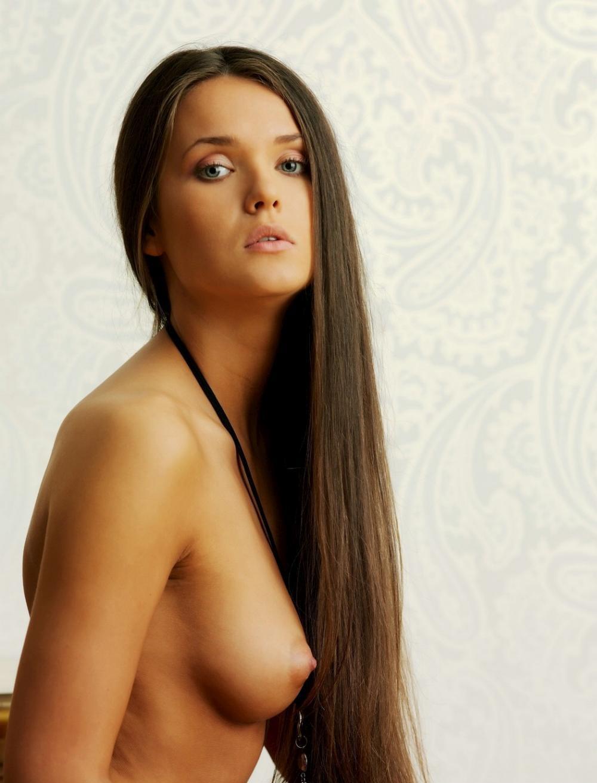 nude-girl-151109-09