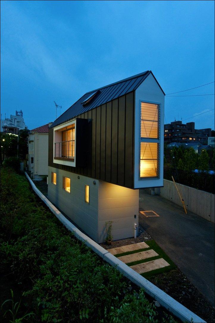 Узкий дом в Токио