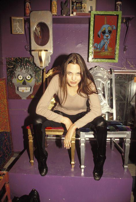 angelina-jolie-1994-10