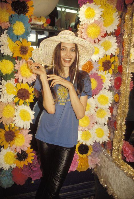 angelina-jolie-1994-17
